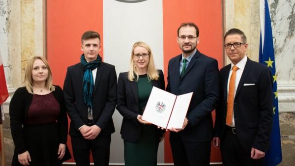 Schaeffler Austria GmbH ist staatlich ausgezeichneter Ausbildungsbetrieb