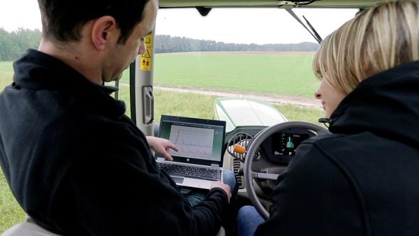 Schaeffler bietet einen Rundum-Service für die Landtechnik.