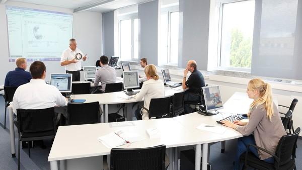 Unser modulares Kursangebot  im Schaeffler Technology Center – Training folgt einem ganzheitlichen Kompetenzprinzip.